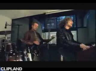 Still image from Toploader - Dancing In The Moonlight
