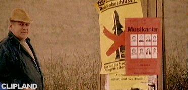 Mittermeier vs. Guano Babes - Kumba Yo!
