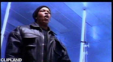 Dr. Dre - Keep Their Heads Ringin'